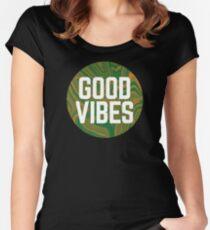 Gute Stimmung Tailliertes Rundhals-Shirt