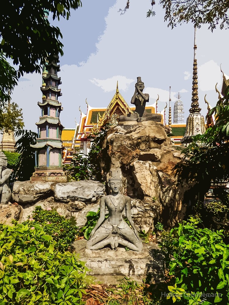 Statues at Wat Pho by Helissa Grundemann