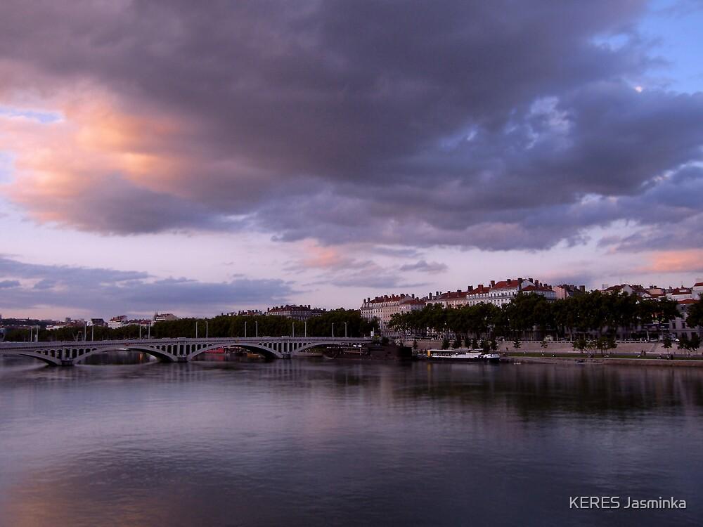 Twilight on Lyon, France by KERES Jasminka