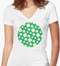 Off-White Four Leaf Clover Pattern with Green Background Women's Fitted V-Neck T-Shirt