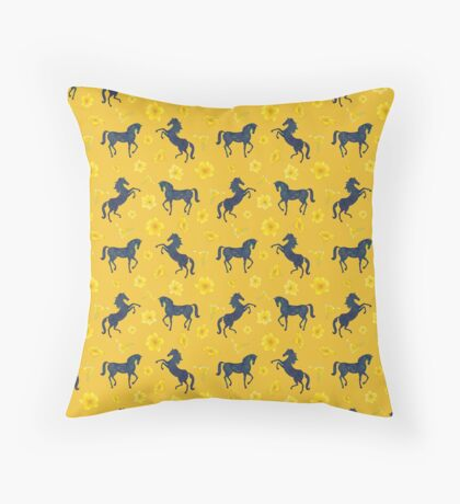 Late summer vibes Throw Pillow