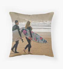Surfer synchro Throw Pillow