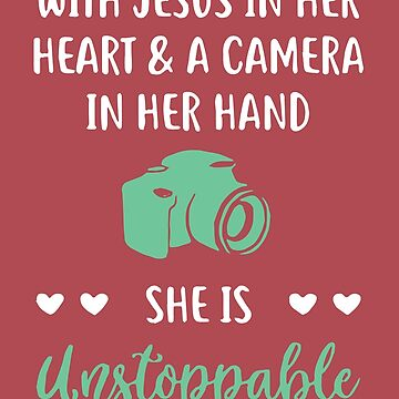With jesus in her heart and a camera in her hand T-shirt - Photography day T-shirt by vantovn