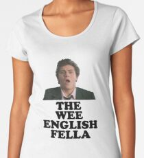Camiseta premium de cuello ancho Derry Girls - Wee English Fella