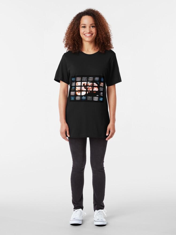 Vista alternativa de Camiseta ajustada Japanese & Digital Noise