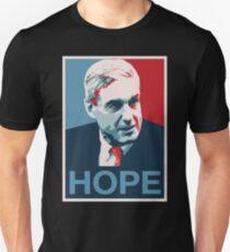 Robert Mueller HOFFNUNG Unisex T-Shirt
