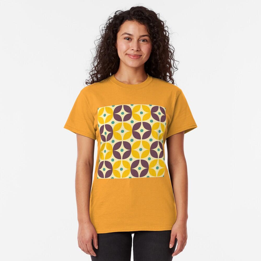 Geometric Pattern: Stylised Flower: Veronica Classic T-Shirt