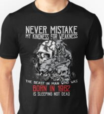 Happy Birthday Horror - Born In 1962 Unisex T-Shirt
