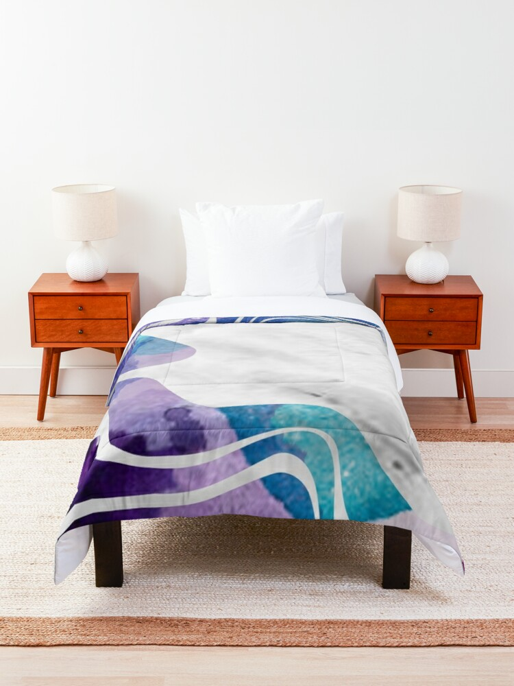 Alternate view of Abstract Watercolour Lines Comforter