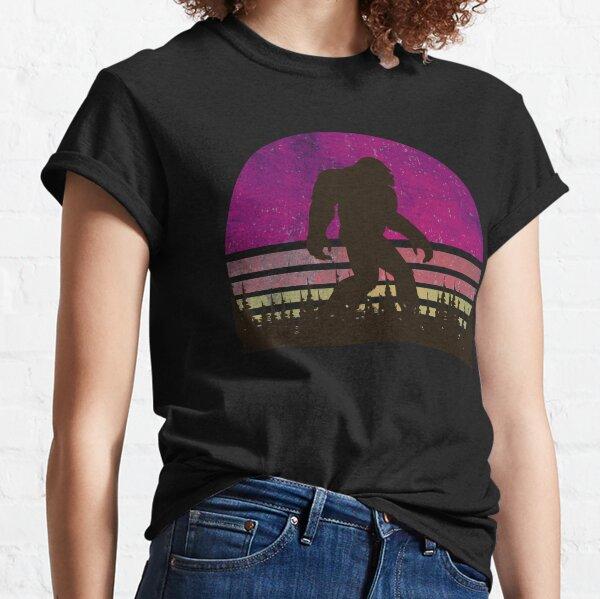 Vintage Distressed Bigfoot Shirt - Sasquatch Shirt - Bigfoot T Shirts Classic T-Shirt