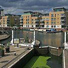 Brentford Lock by RedHillDigital