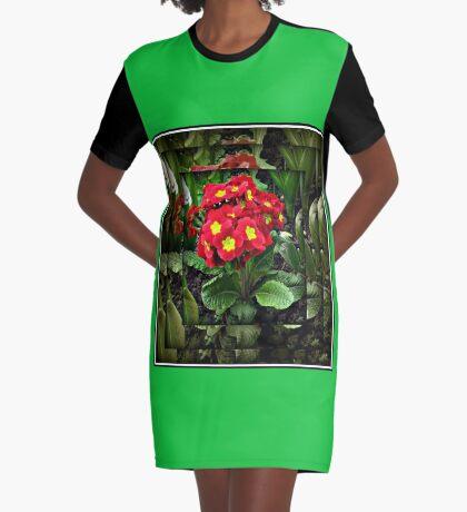 Gespiegelte Primel T-Shirt Kleid