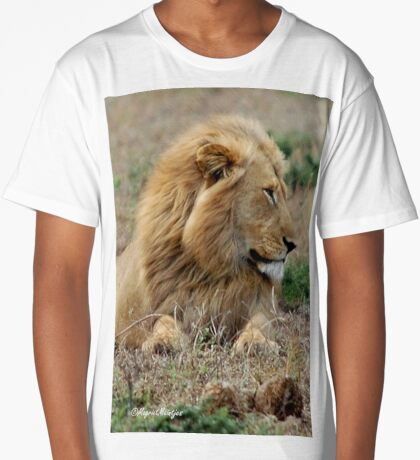 FEELING LONELY - THE LION – Panthera leo Long T-Shirt