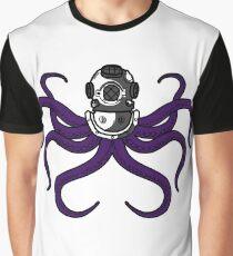 Dive helmet octopus Graphic T-Shirt