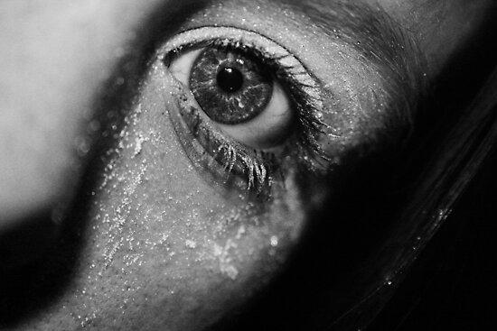 In the blink of an eye. by Daniii