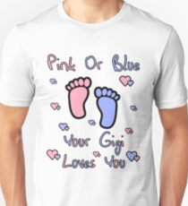 pink or blue gigi loves you gender reveal party gift idea Unisex T-Shirt