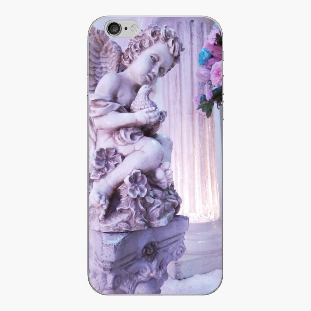 Angel holding a dove & roses Vinilo para iPhone