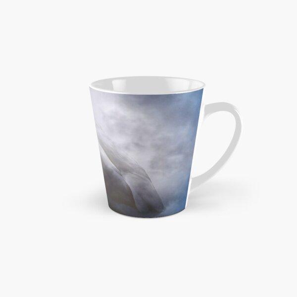 Schwan und Wolken Tasse (konisch)