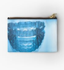 Invisible dental teeth aligners Studio Pouch