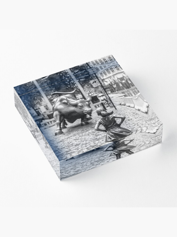 Alternate view of Fearless Girl & Bull NYC Acrylic Block