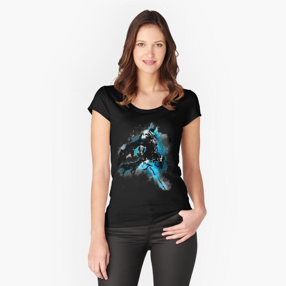 Der Lichkönig Tailliertes Rundhals-Shirt