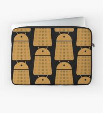 Droidarmy: Dalek - Dalek Gold Sticker Laptop Sleeve