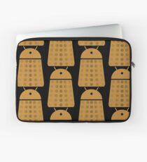 Droidarmy: Dalek - Dalek Gold Sticker Laptop Sleeve