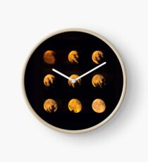 Red blood waning moon Clock