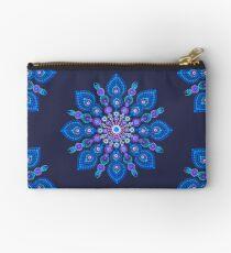Light Blue Snow Flake Mandala - Art&Deco By Natasha Studio Pouch
