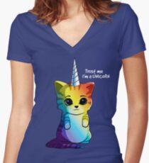 Caticorn T-Shirt Katze Einhorn Kittycorn Meowgical Rainbow Geschenke Kinder Mädchen Frauen Lustige Cute Tees Tailliertes T-Shirt mit V-Ausschnitt