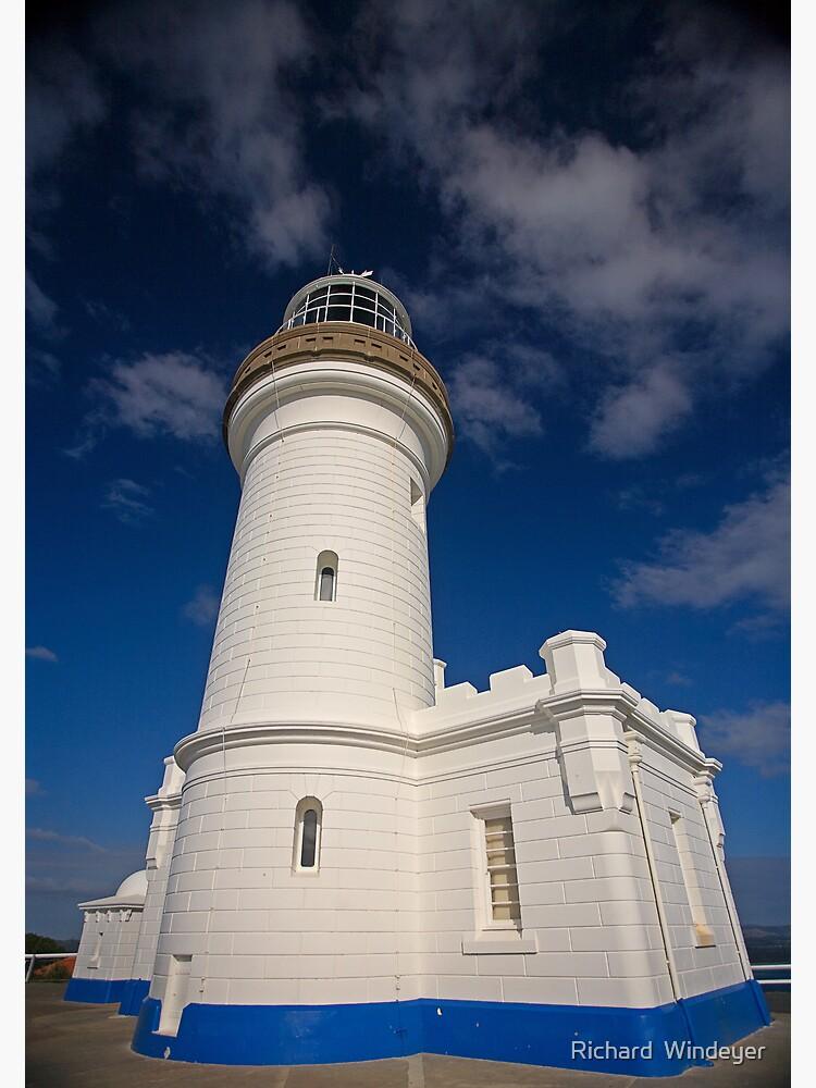 Cape Byron Lighthouse by RICHARDW