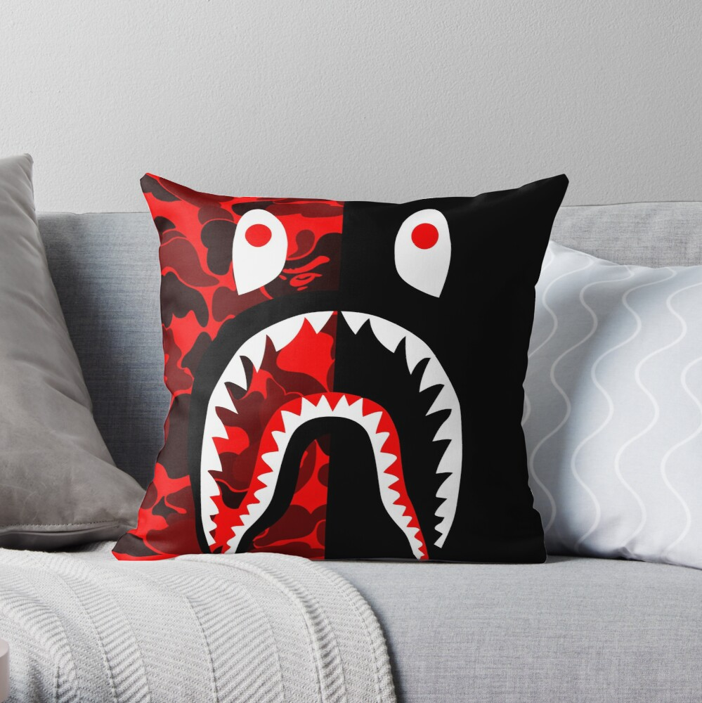 red black grapic Throw Pillow