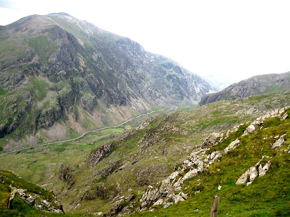 Across the Snowdon Valley by leunig