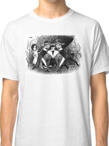 Tweedledum and eedeldeewT Classic T-Shirt