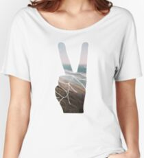 Peace Hand Beach Good Vibes Tumblr Vintage Love Instagram Print Women's Relaxed Fit T-Shirt