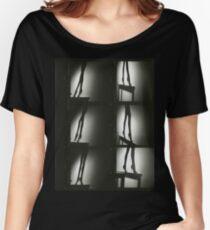 Analoger weiblicher erotischer Fotokontaktstreifenblattdruck der Silhouette Loose Fit T-Shirt