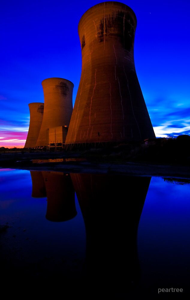 Reflection of Power by peartree