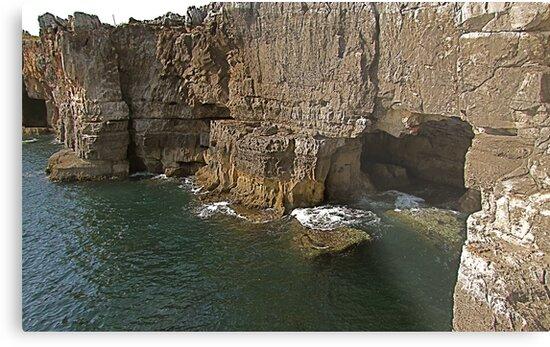 Boca do Inferno        Cascais           Portugal by BaZZuKa