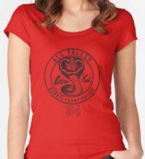 Camiseta entallada de cuello ancho Cobra Kai