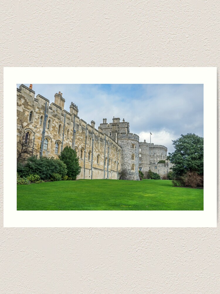 Alternate view of Windsor Castle from outside the gates Art Print