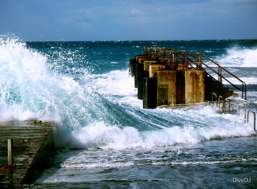 Stormy seas by DiveDJ