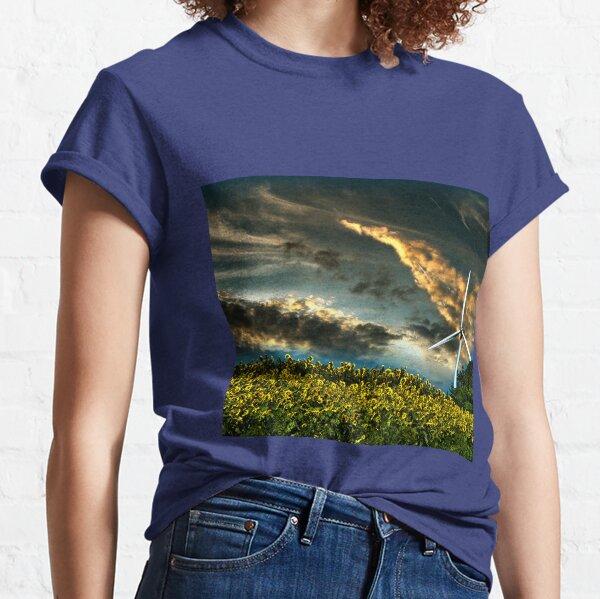 Sunfllower field II Classic T-Shirt