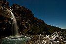 Taranaki Falls. by Michael Treloar