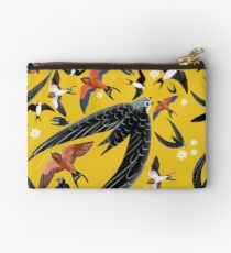 Swallows and swift pattern (Yellow) Bolso de mano