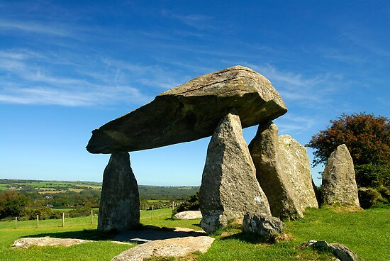 Pentre Ifan by Mark Robson