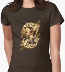 Team PK Feuer Tailliertes T-Shirt