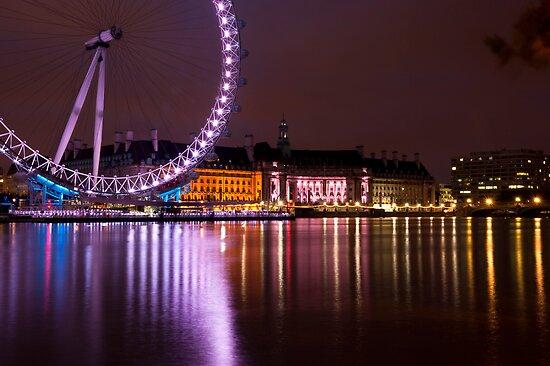 Big Wheels Keep on Turning: The London Eye at Night by DonDavisUK