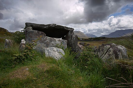 Srahwee wedge tomb by Jim Dempsey