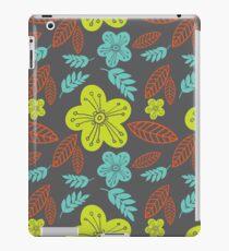 Summer flowers seamless vector pattern iPad Case/Skin