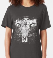 Black Bulls Insignia Distressed | Black Clover Slim Fit T-Shirt